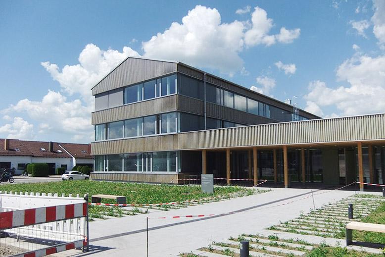 Amtsgebäude Grünes Zentrum Kaufbeuren ein sehr schönes Projekt von DTB Ausbau in Kaufbeuren