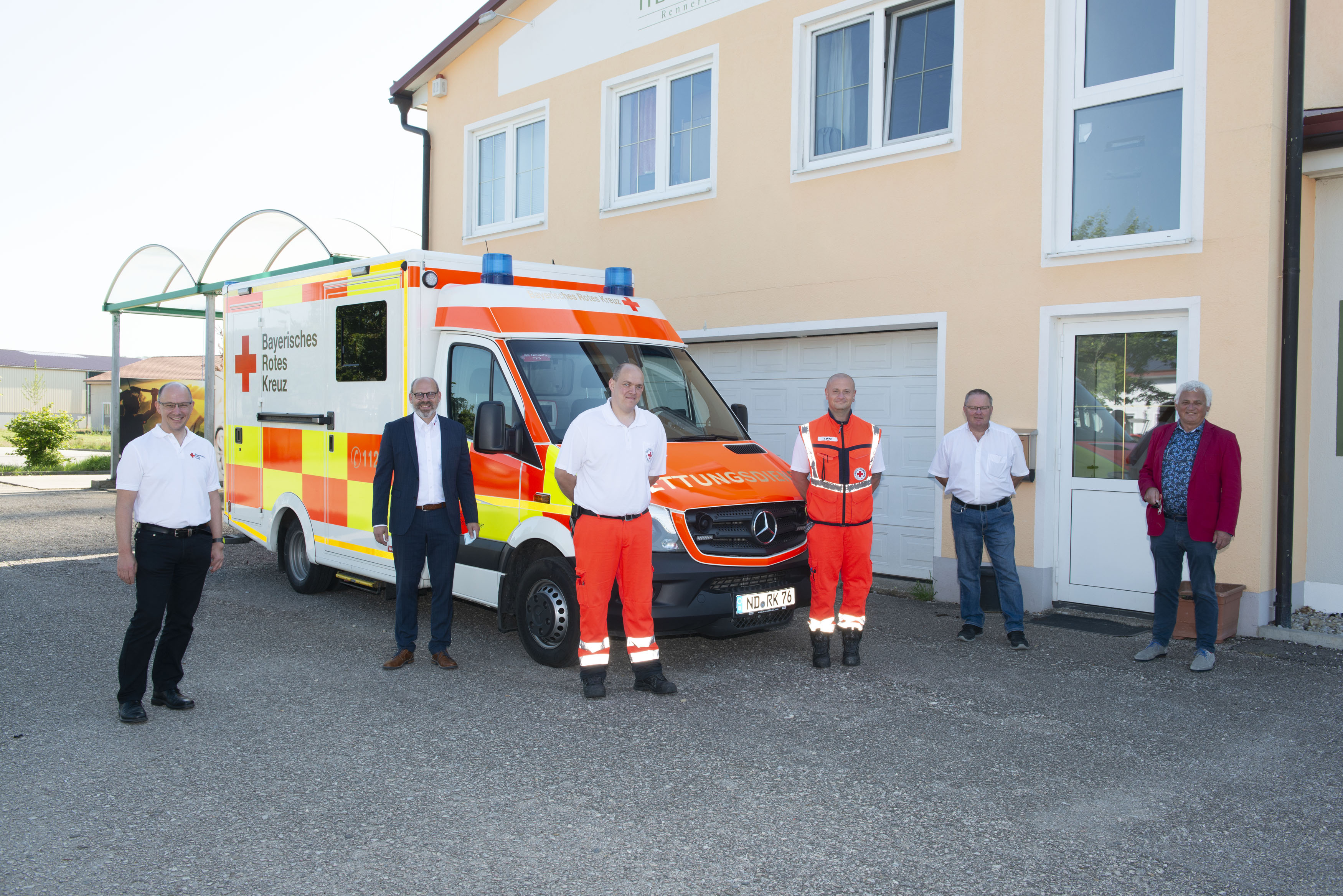 Zukünftige BRK-Rettungswache zieht in Pension Herrenhof ein